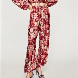 NWOT Zara Women Maroon Floral Printed Trousers